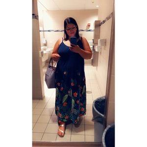 Navy Blue Floral Maxi Dress 👗